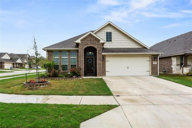 1929 Arroyo Verde Trail, Fort Worth, TX 76131 (MLS #14070270) :: RE/MAX Town & Country