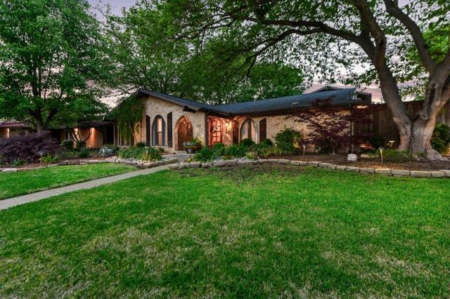 3202 Tam O Shanter Lane, Richardson, TX 75080 (MLS #14070319) :: Kimberly Davis & Associates