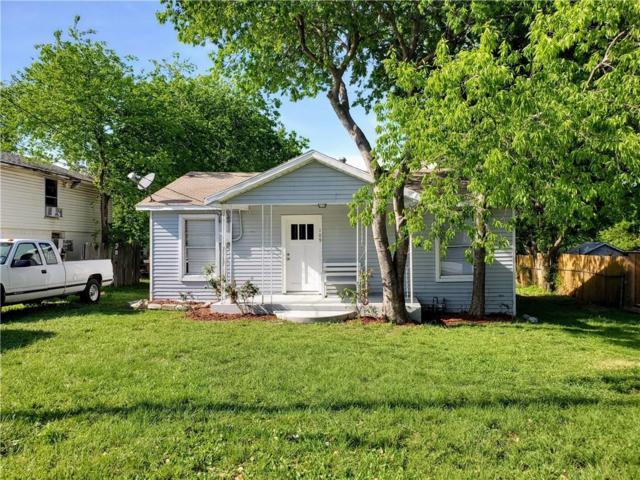 109 Chowning Drive, Desoto, TX 75115 (MLS #14070354) :: Tenesha Lusk Realty Group