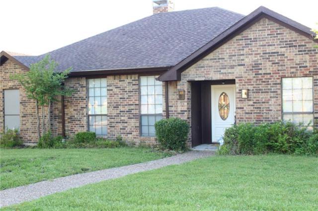 2511 Partridge Place, Carrollton, TX 75006 (MLS #14070646) :: The Tierny Jordan Network