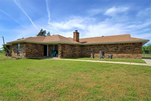 417 Leaning Tree Street, Krum, TX 76249 (MLS #14071052) :: The Chad Smith Team