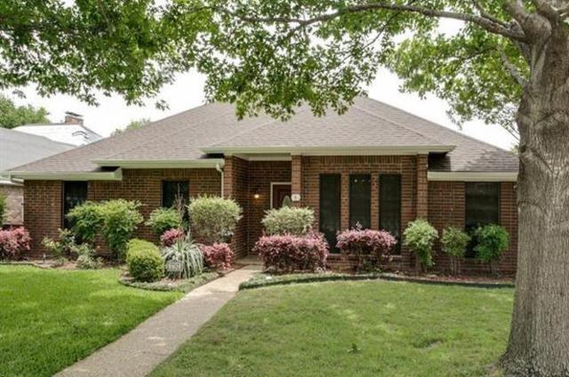 2702 Foxboro Drive, Richardson, TX 75082 (MLS #14071209) :: Tenesha Lusk Realty Group