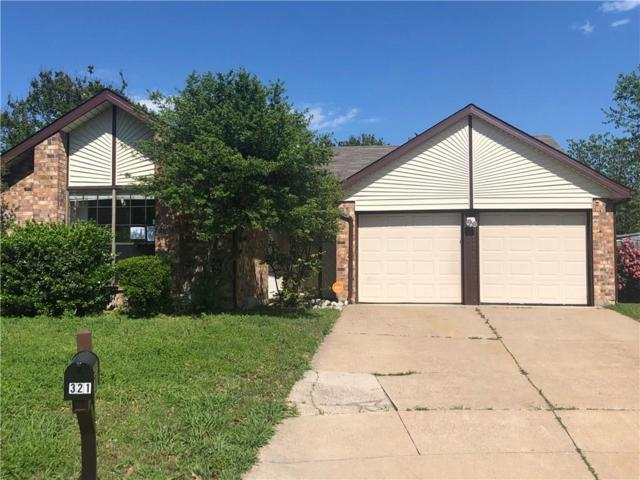 321 Blueleaf Drive, Arlington, TX 76018 (MLS #14071423) :: RE/MAX Town & Country