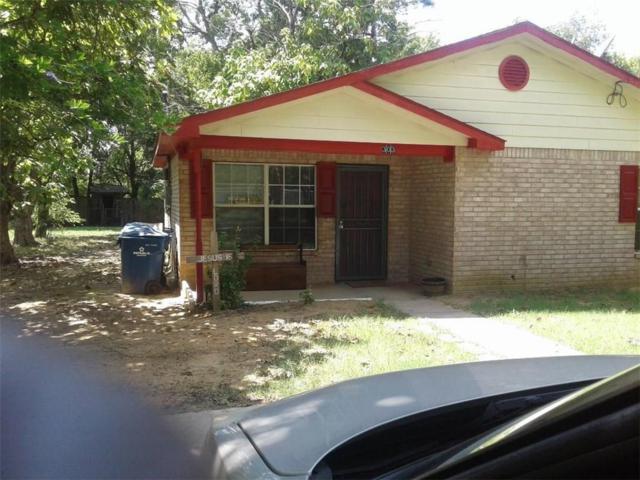 303 N 1st Street, Crandall, TX 75114 (MLS #14071671) :: Team Hodnett