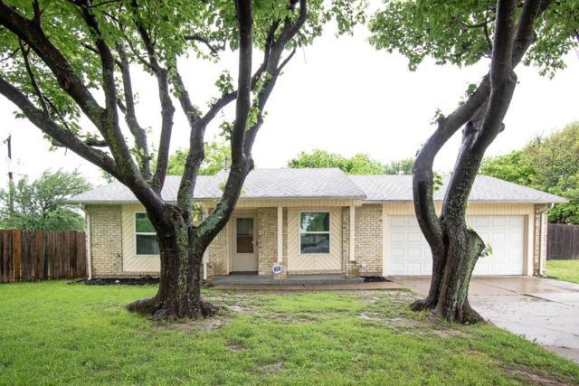 3706 Hollyridge Court, Arlington, TX 76015 (MLS #14072366) :: RE/MAX Town & Country