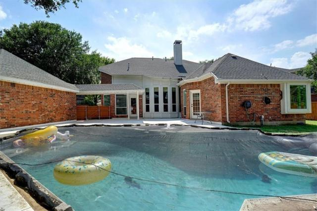 2016 Tophill Drive, Flower Mound, TX 75022 (MLS #14073126) :: Real Estate By Design