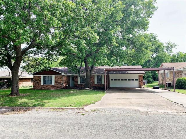 413 W Highland Drive, Whitewright, TX 75491 (MLS #14073602) :: The Hornburg Real Estate Group
