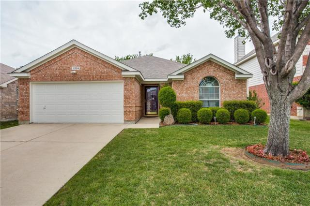 11204 Pleasant Wood Lane, Fort Worth, TX 76140 (MLS #14073770) :: RE/MAX Town & Country