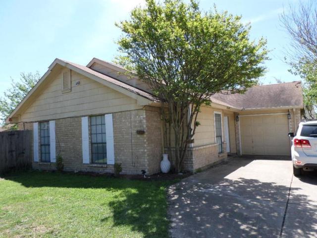 413 Vincent Street, Cedar Hill, TX 75104 (MLS #14074100) :: Kimberly Davis & Associates