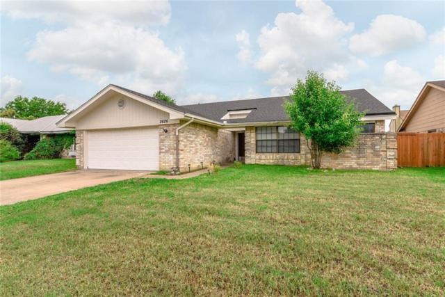 2626 Steppington Street, Grand Prairie, TX 75052 (MLS #14074356) :: The Heyl Group at Keller Williams