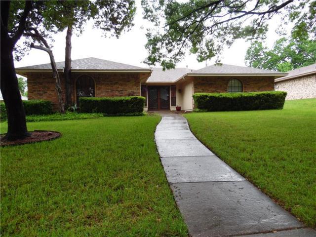 327 Robin Hill Lane, Duncanville, TX 75137 (MLS #14074525) :: Kimberly Davis & Associates