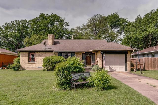 302 S Lindale Lane, Richardson, TX 75080 (MLS #14075205) :: Kimberly Davis & Associates