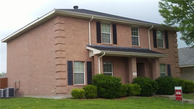 633 Chapman Drive, Lancaster, TX 75146 (MLS #14077851) :: Lynn Wilson with Keller Williams DFW/Southlake