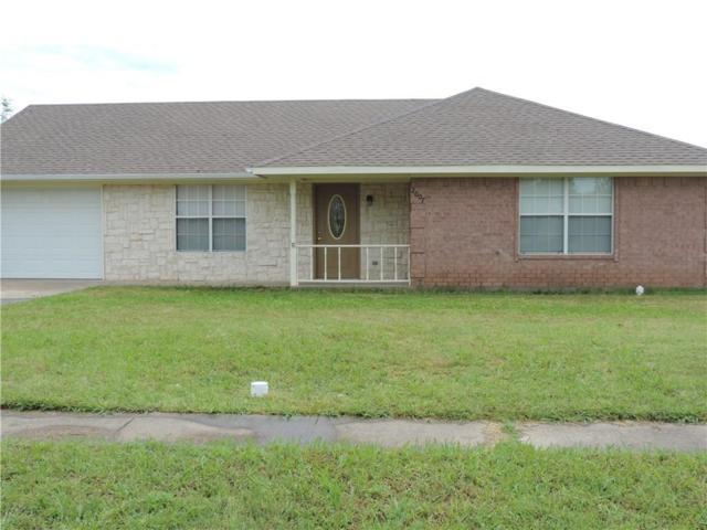 2007 Solomon Drive, Commerce, TX 75428 (MLS #14081619) :: The Hornburg Real Estate Group