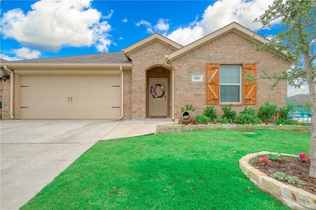 957 Newby Lane, Fate, TX 75189 (MLS #14082771) :: Vibrant Real Estate