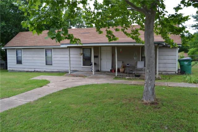 209 S Jordan, Whitesboro, TX 76273 (MLS #14086336) :: NewHomePrograms.com LLC
