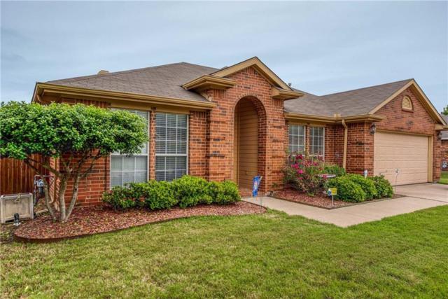106 Londonderry Lane, Mansfield, TX 76063 (MLS #14086609) :: The Hornburg Real Estate Group
