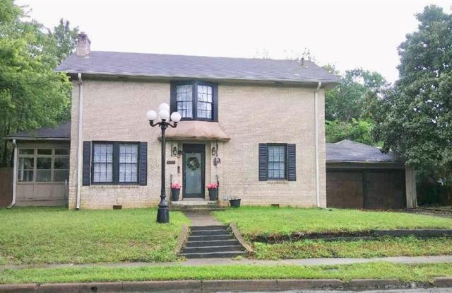 838 E Houston, Paris, TX 75460 (MLS #14087855) :: The Chad Smith Team