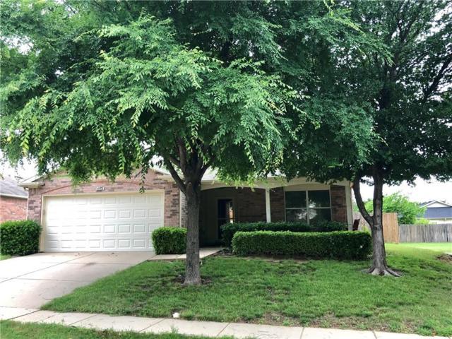 4612 Merlot Drive, Denton, TX 76226 (MLS #14088012) :: RE/MAX Landmark
