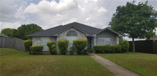 1221 Rosewood Lane, Lancaster, TX 75146 (MLS #14088433) :: The Hornburg Real Estate Group