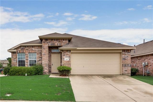 810 Cliffmere Drive, Arlington, TX 76002 (MLS #14090179) :: Baldree Home Team