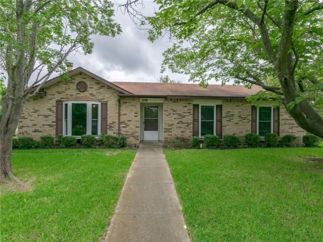 1210 Southridge Drive, Lancaster, TX 75146 (MLS #14091029) :: Kimberly Davis & Associates