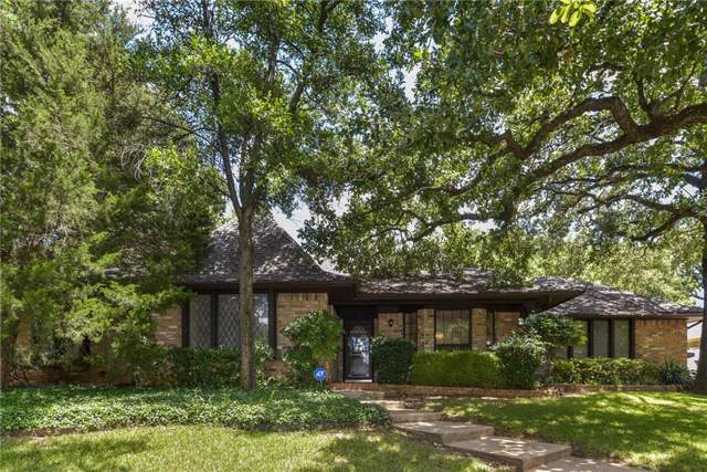 2305 Bradwood Court, Arlington, TX 76011 (MLS #14092655) :: Lynn Wilson with Keller Williams DFW/Southlake
