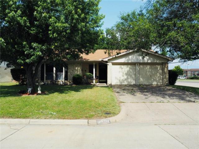 2613 Fall Drive, Grand Prairie, TX 75052 (MLS #14093938) :: Century 21 Judge Fite Company