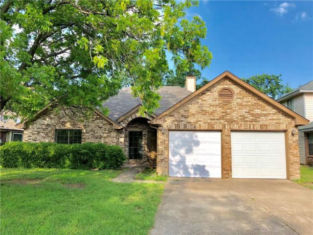 829 Collins Boulevard, Cedar Hill, TX 75104 (MLS #14094097) :: Century 21 Judge Fite Company