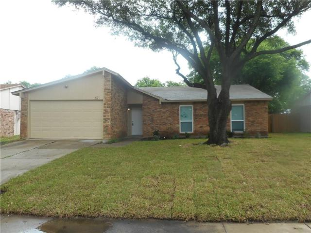 621 Live Oak Drive, Mansfield, TX 76063 (MLS #14094139) :: Roberts Real Estate Group