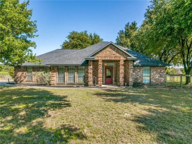215 Robins Lane, Combine, TX 75159 (MLS #14094209) :: Kimberly Davis & Associates