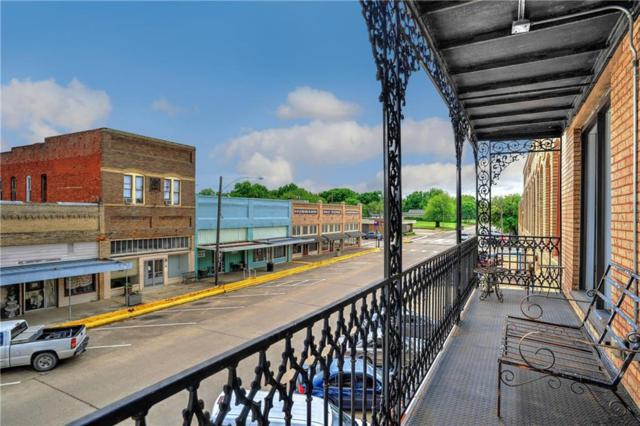 118 W. Grand Avenue #2, Whitewright, TX 75491 (MLS #14094379) :: The Real Estate Station