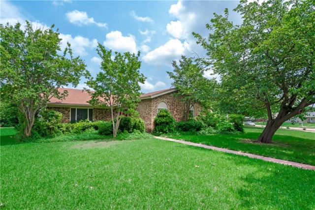 1813 Windsong Trail, Richardson, TX 75081 (MLS #14095197) :: Robbins Real Estate Group
