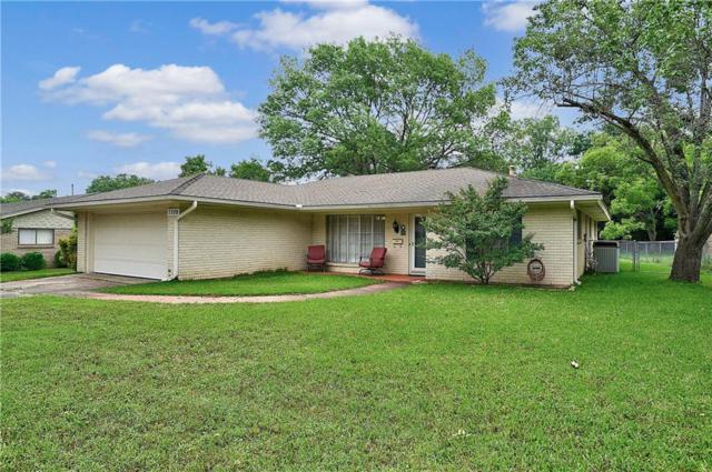 1709 Westside Drive, Sherman, TX 75092 (MLS #14095710) :: Kimberly Davis & Associates