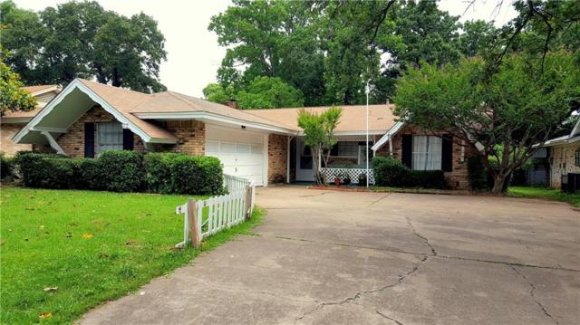 2123 Woodoak Drive, Irving, TX 75060 (MLS #14097390) :: RE/MAX Town & Country