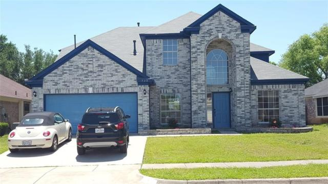 720 Gentry Drive, Arlington, TX 76018 (MLS #14097400) :: Magnolia Realty