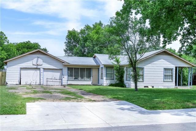 835 E Texas Street, Grapevine, TX 76051 (MLS #14097545) :: Team Tiller