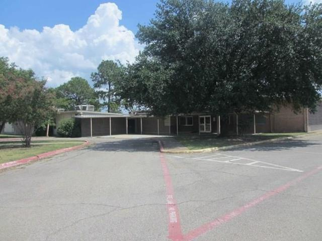 3005 Division Street, Greenville, TX 75401 (MLS #14097593) :: All Cities Realty