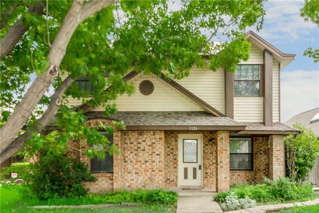 1126 Meadow Park Lane, Grand Prairie, TX 75052 (MLS #14097657) :: The Heyl Group at Keller Williams
