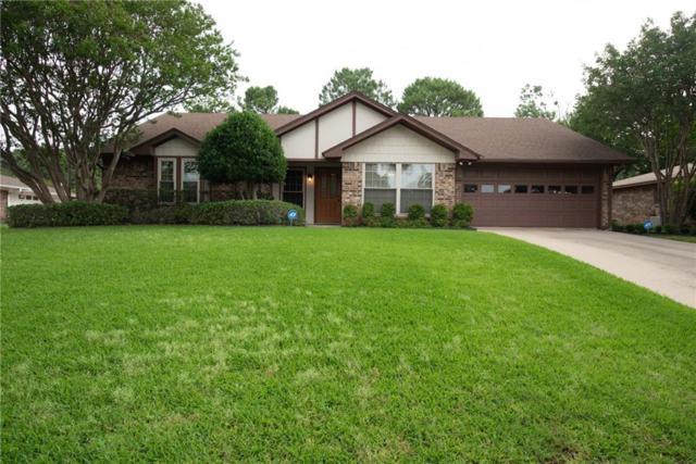 2922 Southridge Drive, Grapevine, TX 76051 (MLS #14097779) :: Team Tiller