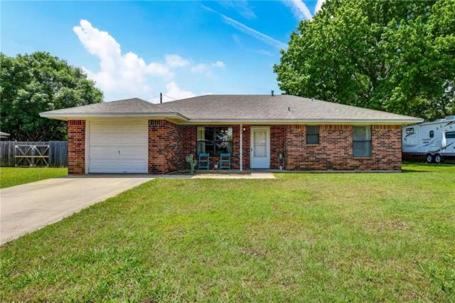 704 S Church Street, Pilot Point, TX 76258 (MLS #14097905) :: Team Tiller