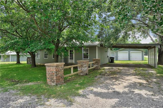 207 Navajo Drive, Gordonville, TX 76245 (MLS #14097965) :: RE/MAX Town & Country