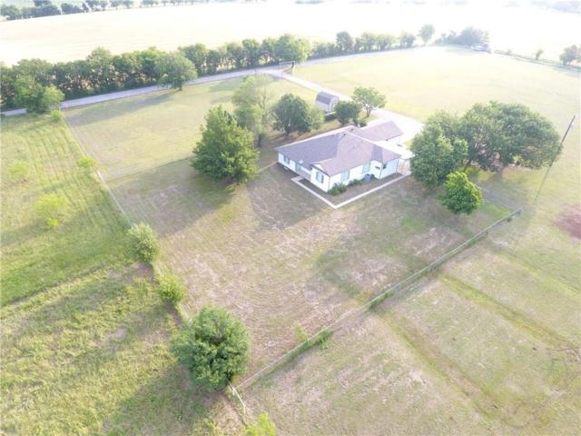 258 Bobcat Road, Sanger, TX 76266 (MLS #14098194) :: The Daniel Team