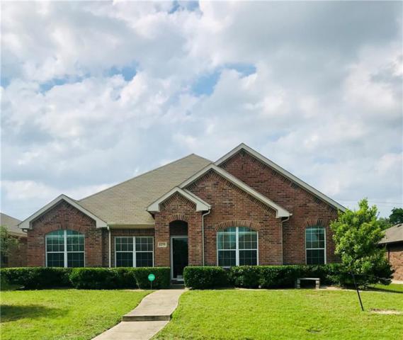1279 Alhambra Drive, Lancaster, TX 75146 (MLS #14098224) :: Kimberly Davis & Associates