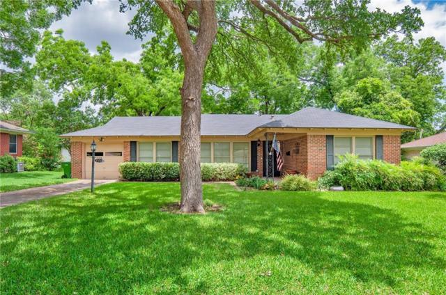 1717 Oldgate Lane, Garland, TX 75042 (MLS #14098651) :: Kimberly Davis & Associates