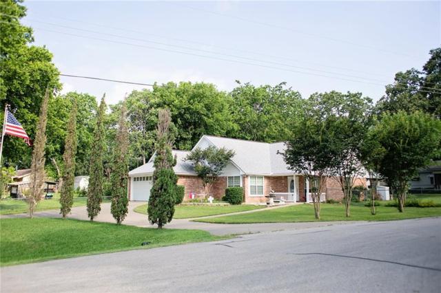 136 Seaside Drive, Gun Barrel City, TX 75156 (MLS #14099060) :: Kimberly Davis & Associates
