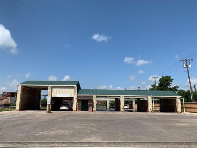 320 N Santa Fe Street, Wolfe City, TX 75496 (MLS #14100040) :: Lynn Wilson with Keller Williams DFW/Southlake
