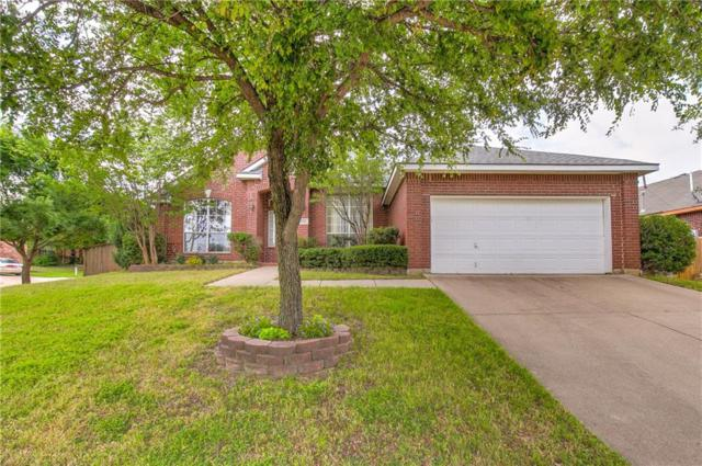 4724 Hearthstone Lane, Fort Worth, TX 76135 (MLS #14100496) :: The Real Estate Station