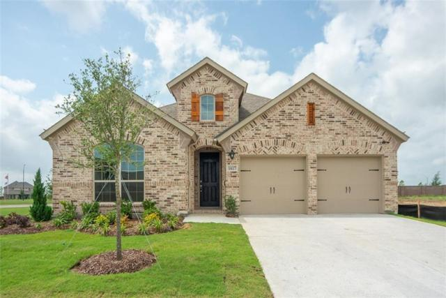 1617 Seabright Trail, Fort Worth, TX 76052 (MLS #14101556) :: RE/MAX Town & Country