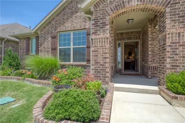 1100 Mesa Crest Drive, Fort Worth, TX 76052 (MLS #14103739) :: RE/MAX Town & Country